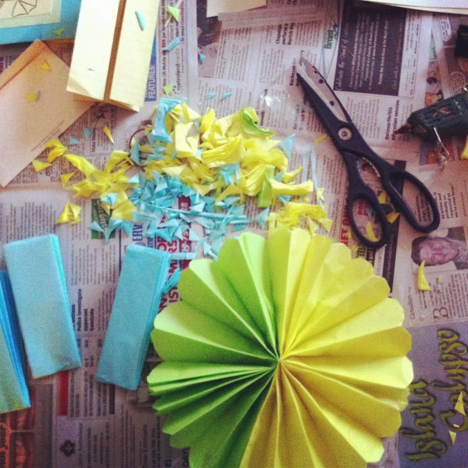 Diy 5 easy diy baby shower decorations singhnature for Baby shower decoration ideas homemade