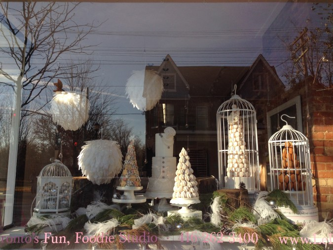 Le Dolci Winter Wonderland Window